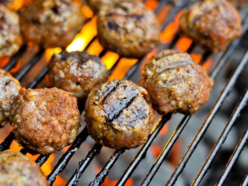 20120123-189526-barbecue-meatballs-thumb-625xauto-213896.jpg