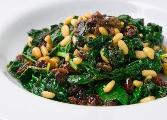 Kale-With-Vermouth-Raisins-and-Pine-Nuts-e1429160483307