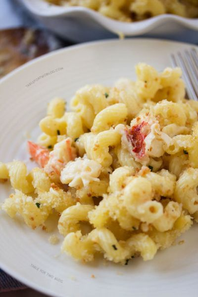 gallery-1467928337-lobster-mac-n-cheese-tablefortwoblog-3