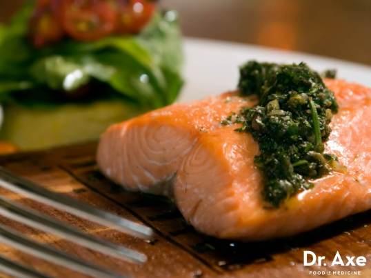 Pecan-Pesto-Salmon