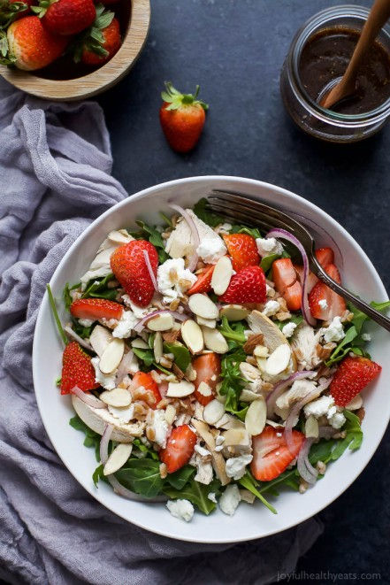 Farro-Arugula-Strawberry-Chicken-Salad-web-4